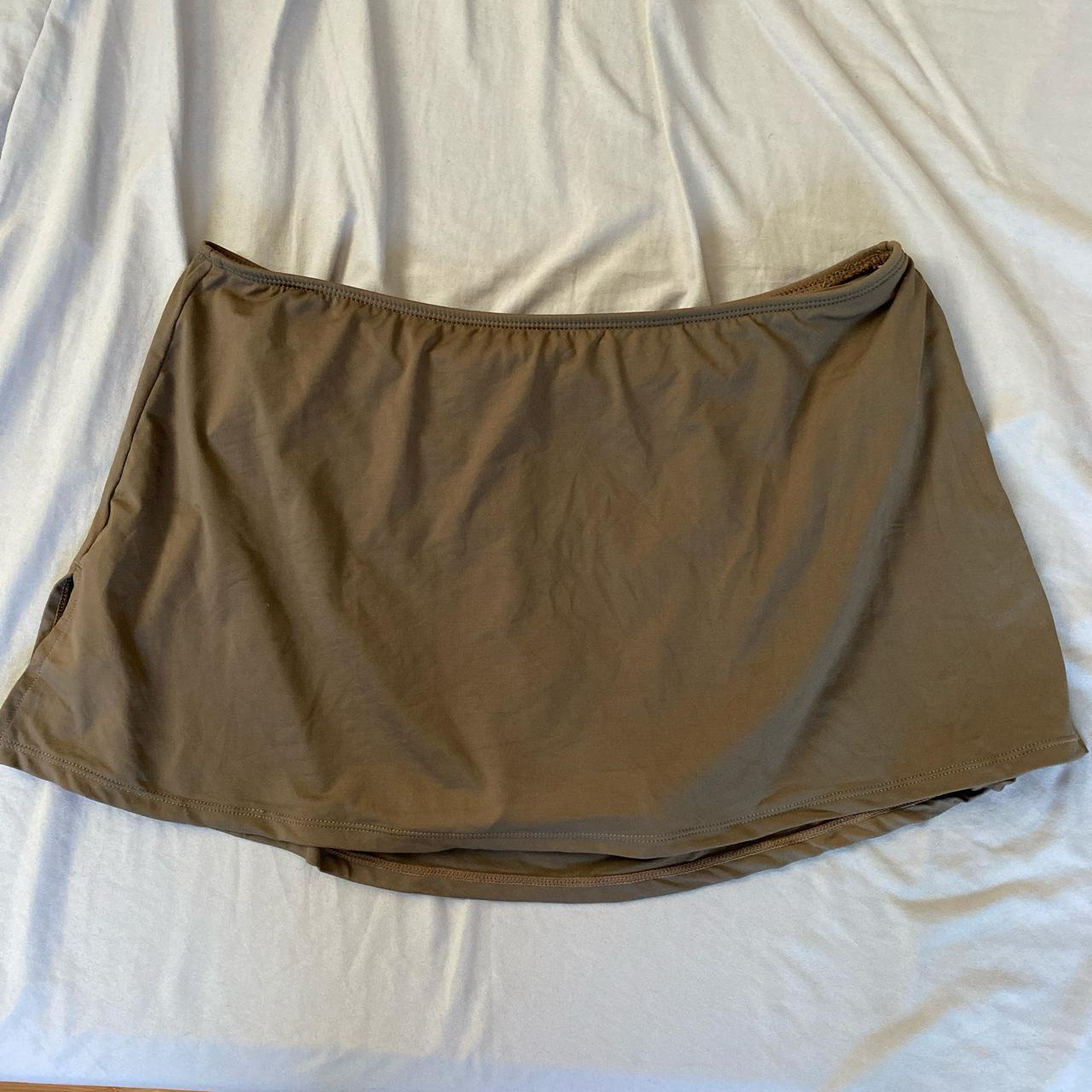 Product Image 1 - Brown but also looks green