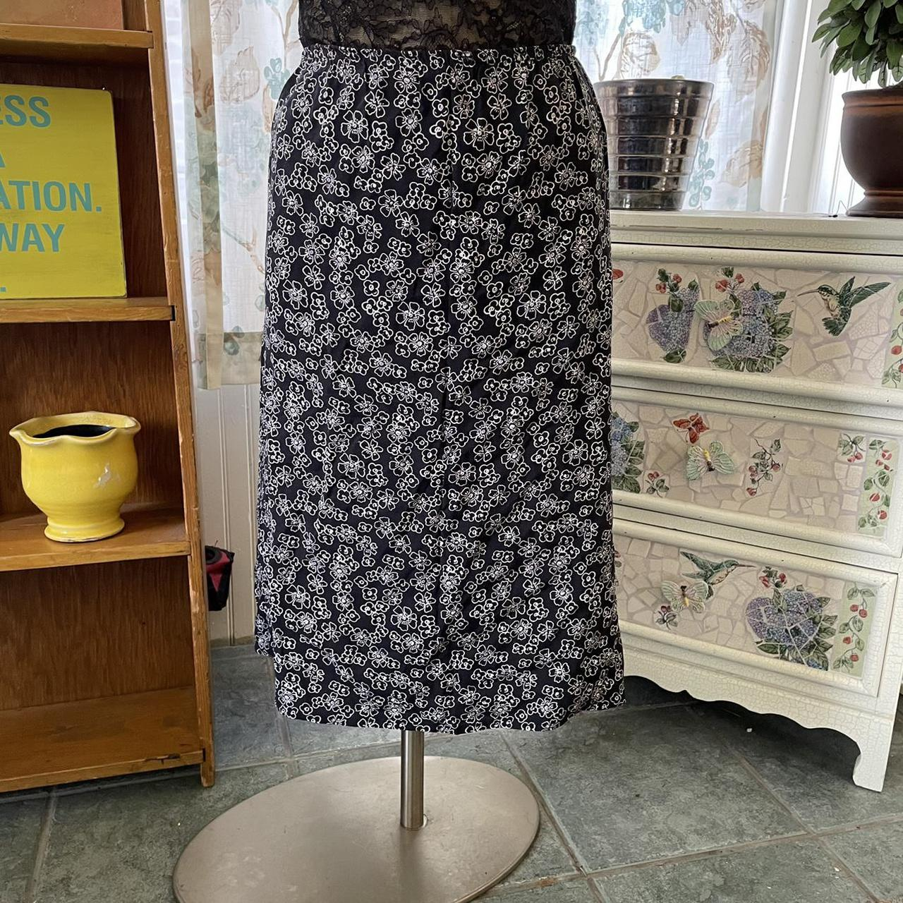 Product Image 1 - Y2k vintage silky skirt stretch