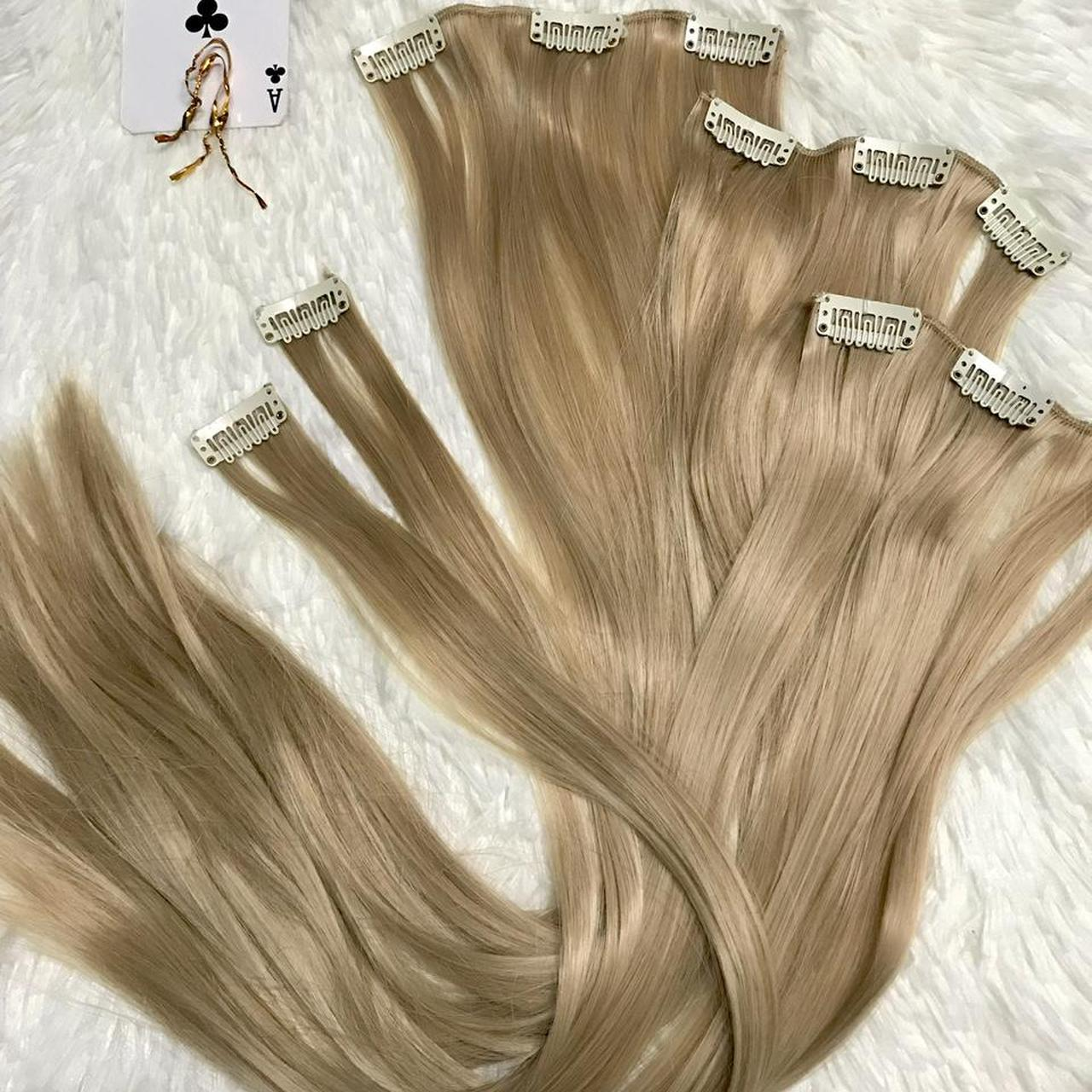 """Product Image 1 - 22"""" 16 clips hair extension"""