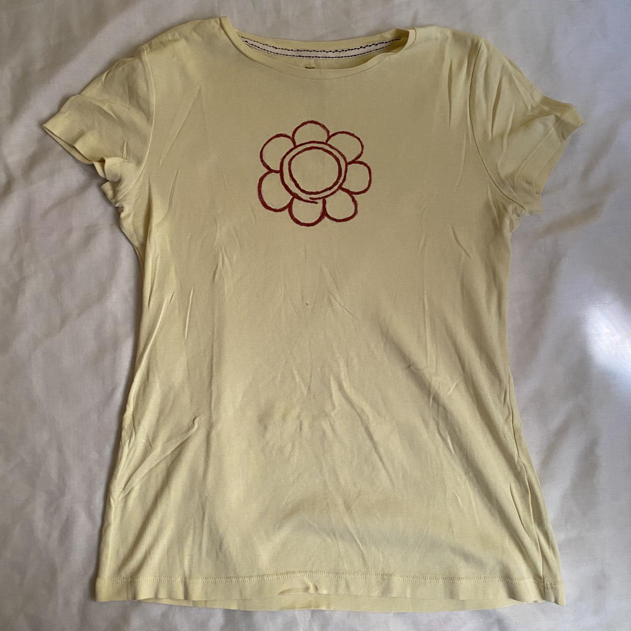 Product Image 1 - yellow top with assassination classroom