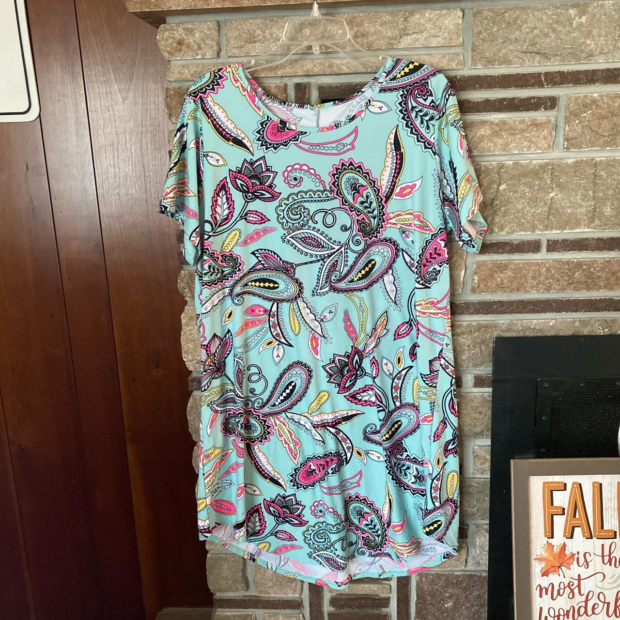Product Image 1 - Mint green dress with colorful