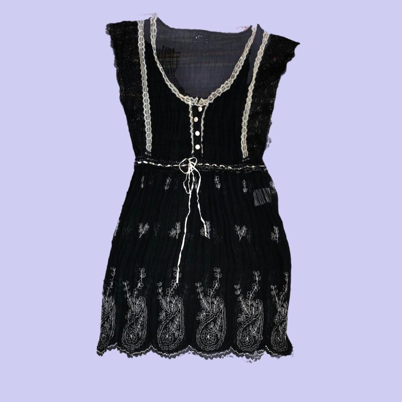 Product Image 1 - Dainty black button dress with