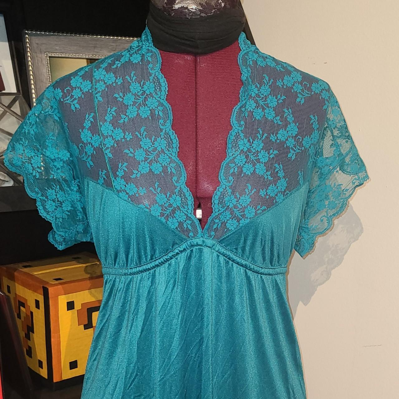 Product Image 1 - Vintage 90's long satiny nightgown!!