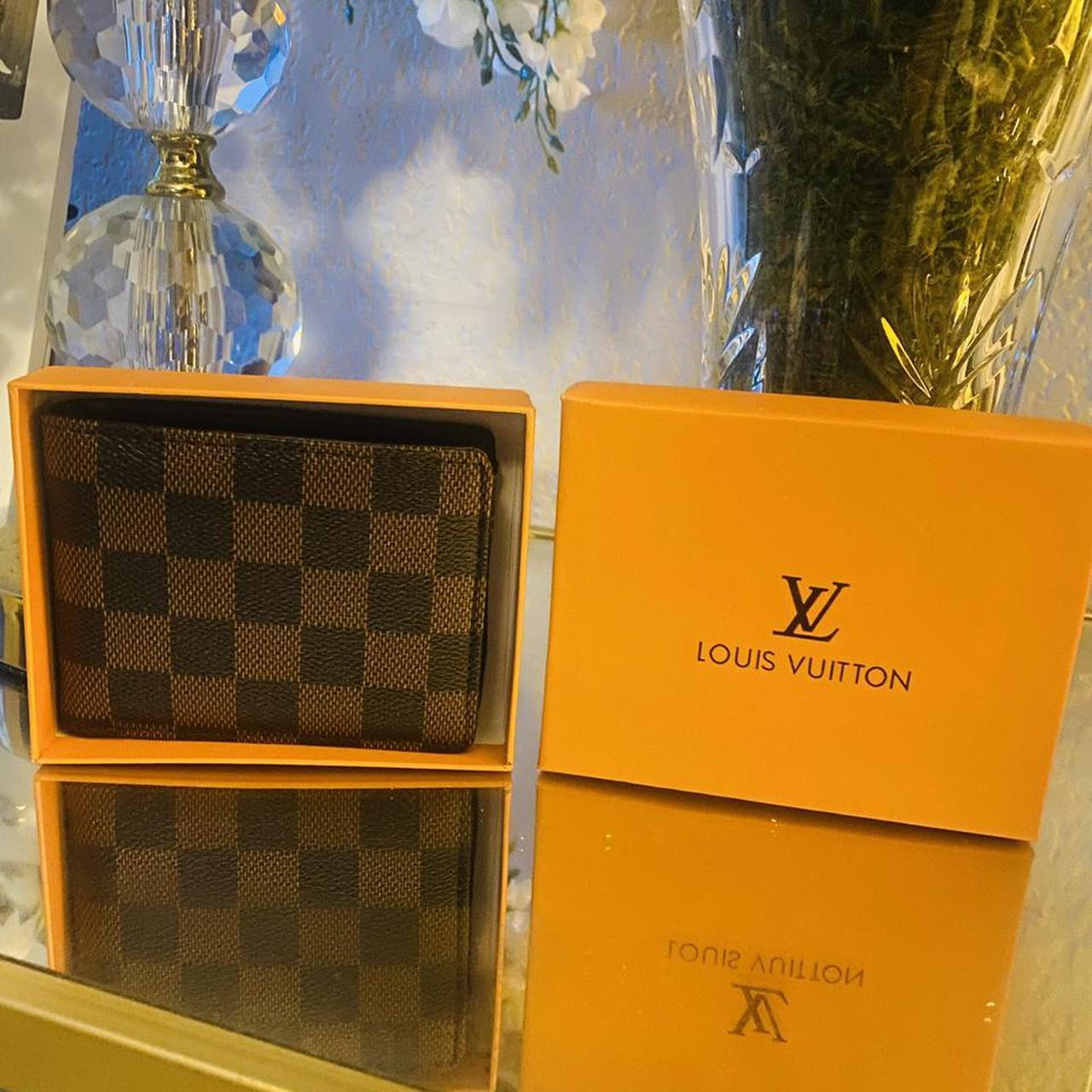 Product Image 1 - #louiev wallet #louisvuitton checker design