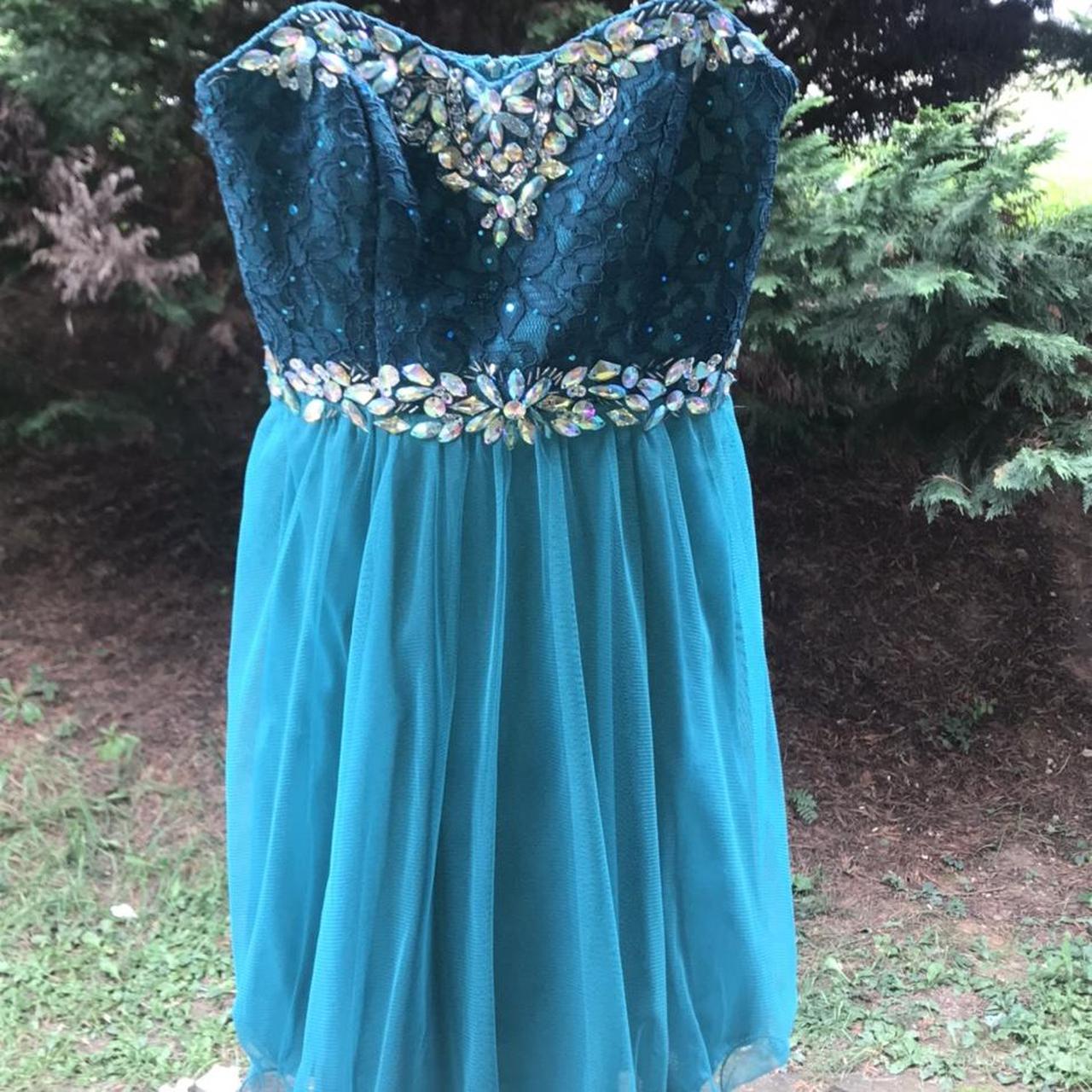 Product Image 1 - A fun, beautiful, blue dress