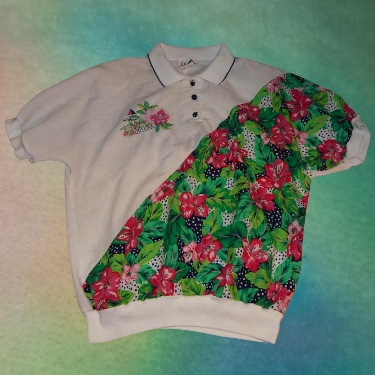 Product Image 1 - Cricket Lane Floral Colorblock Button