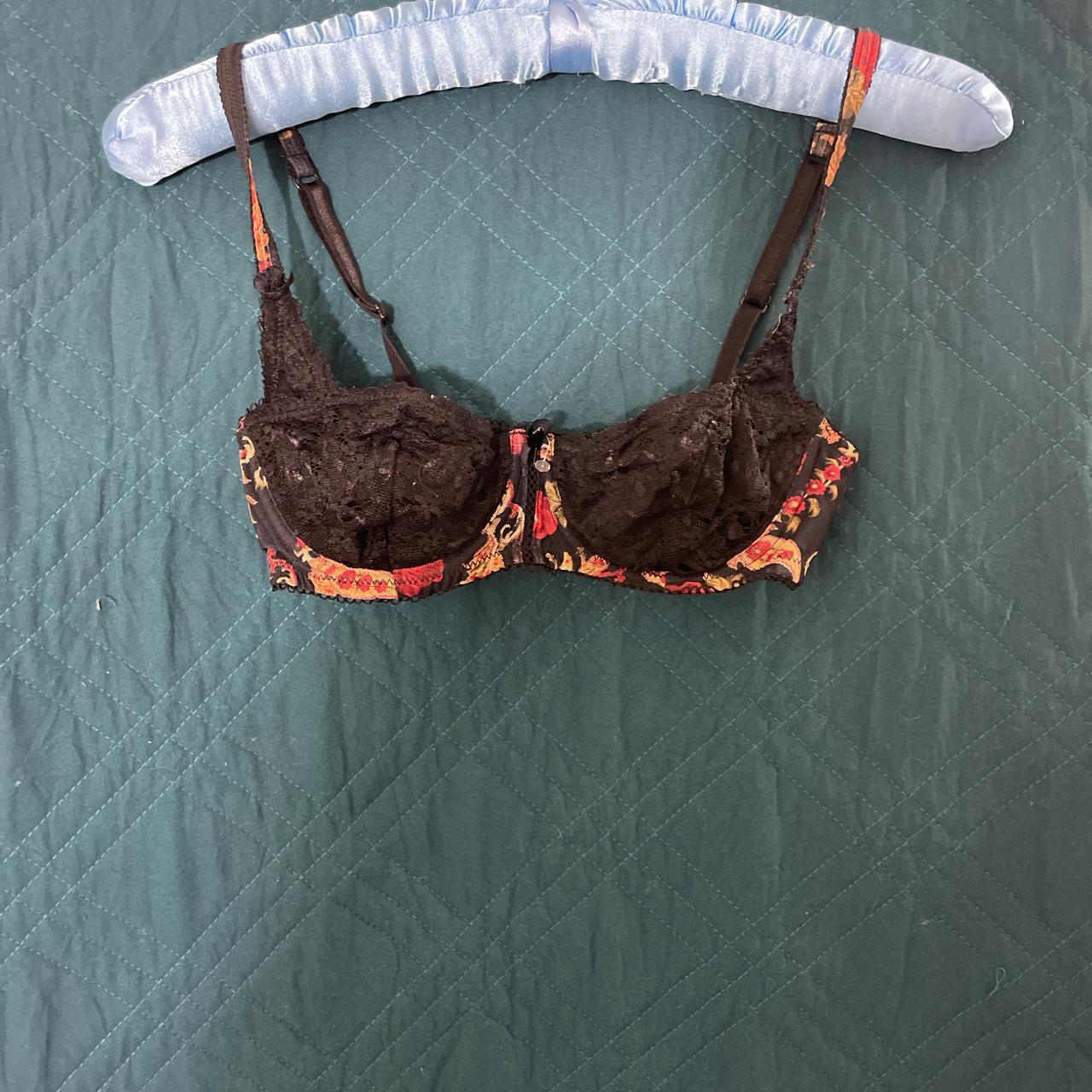 Product Image 1 - Cute black lacy bra with