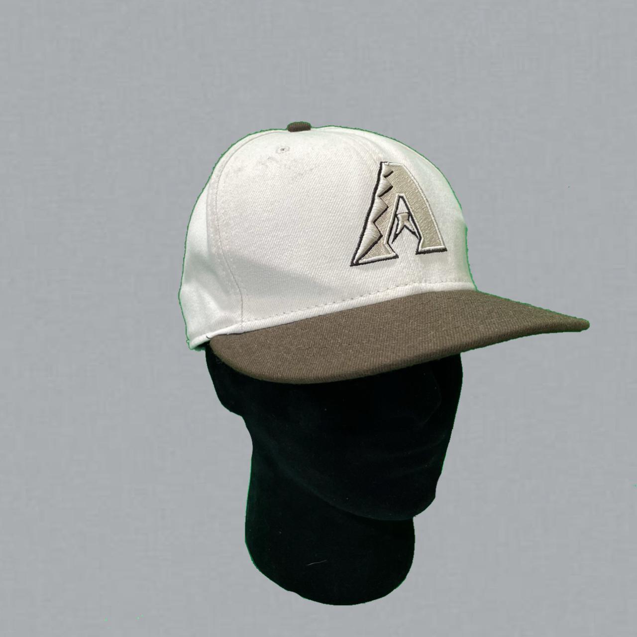 Product Image 1 - Cream/sand and brown Arizona Diamond