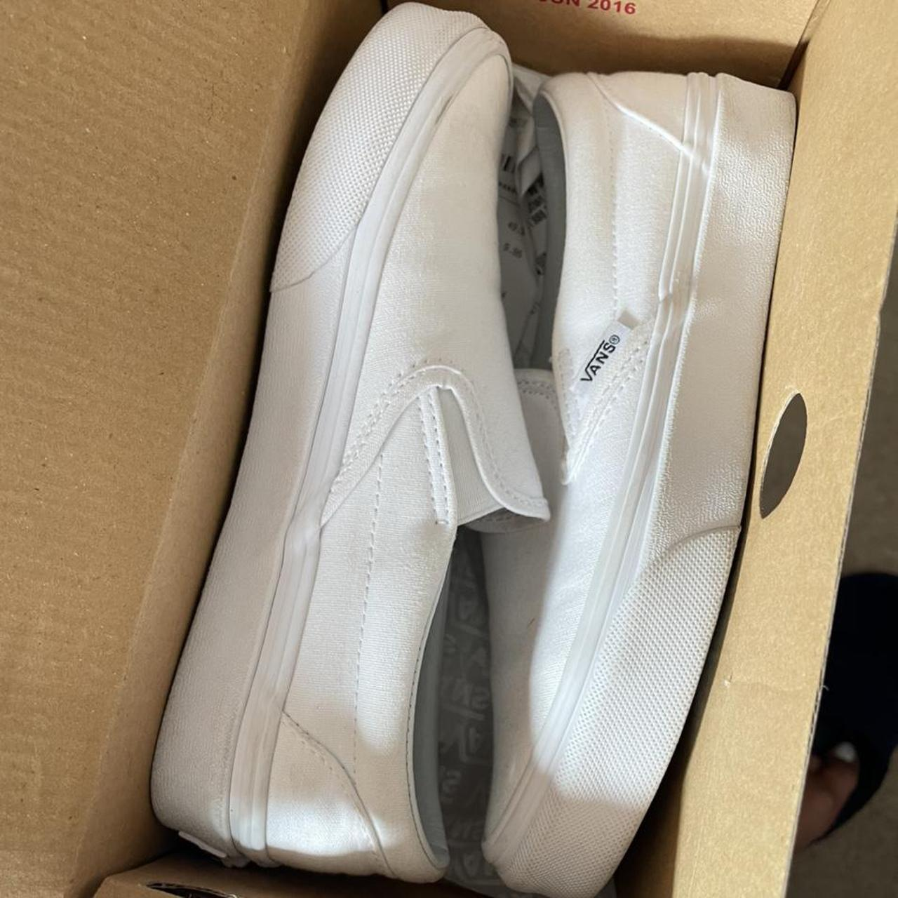 Product Image 1 - Classic white slip on vans Size