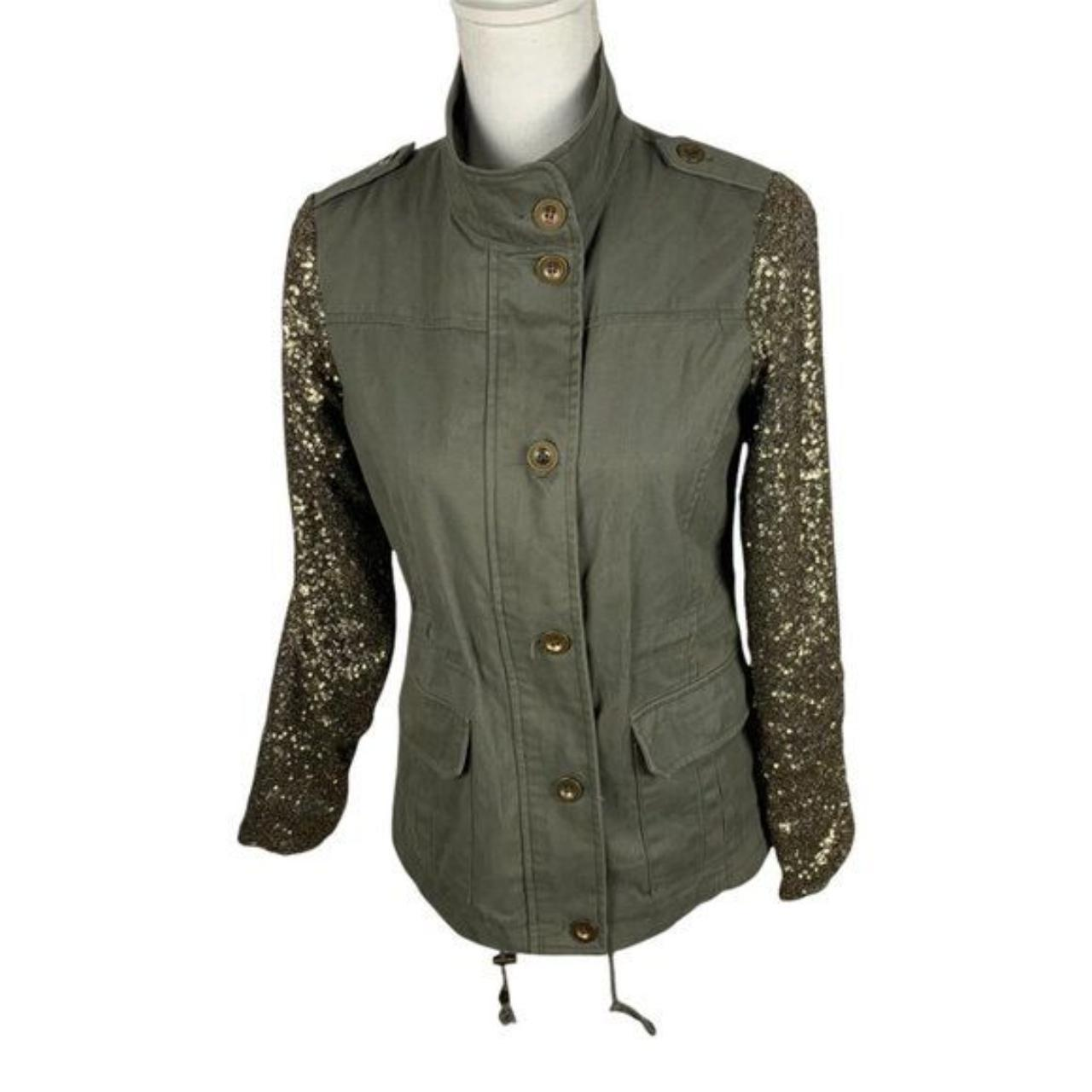 Product Image 1 - DEB Women's Button Down Jacket Size