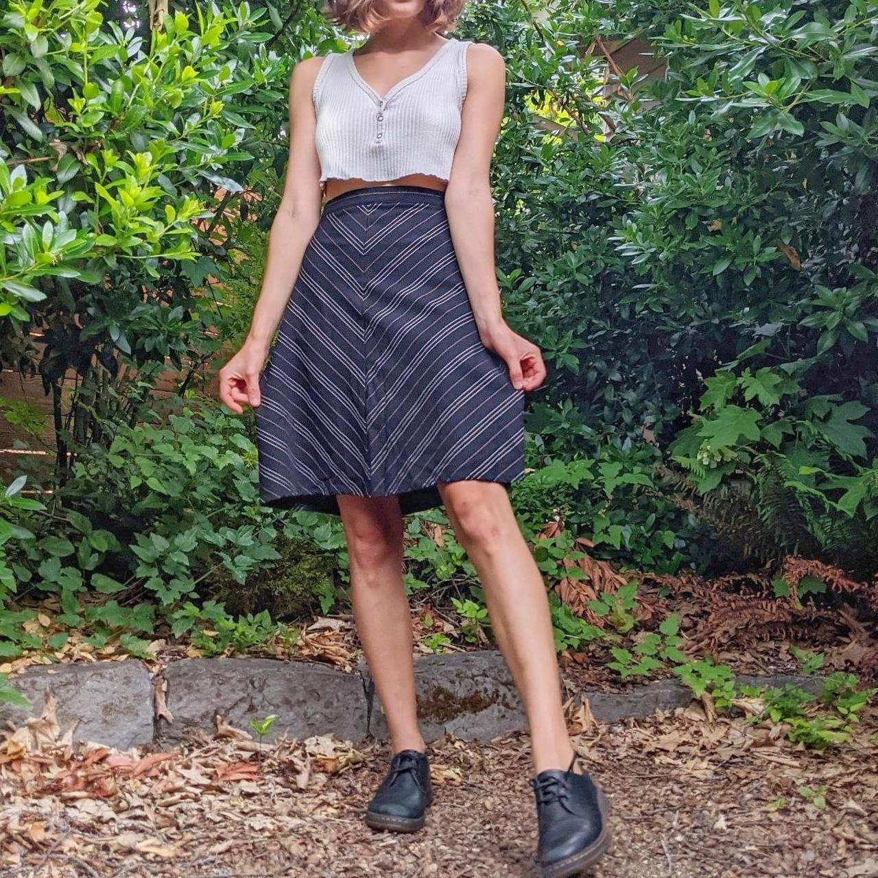 Product Image 1 - Vintage Black Skirt 😍  White and