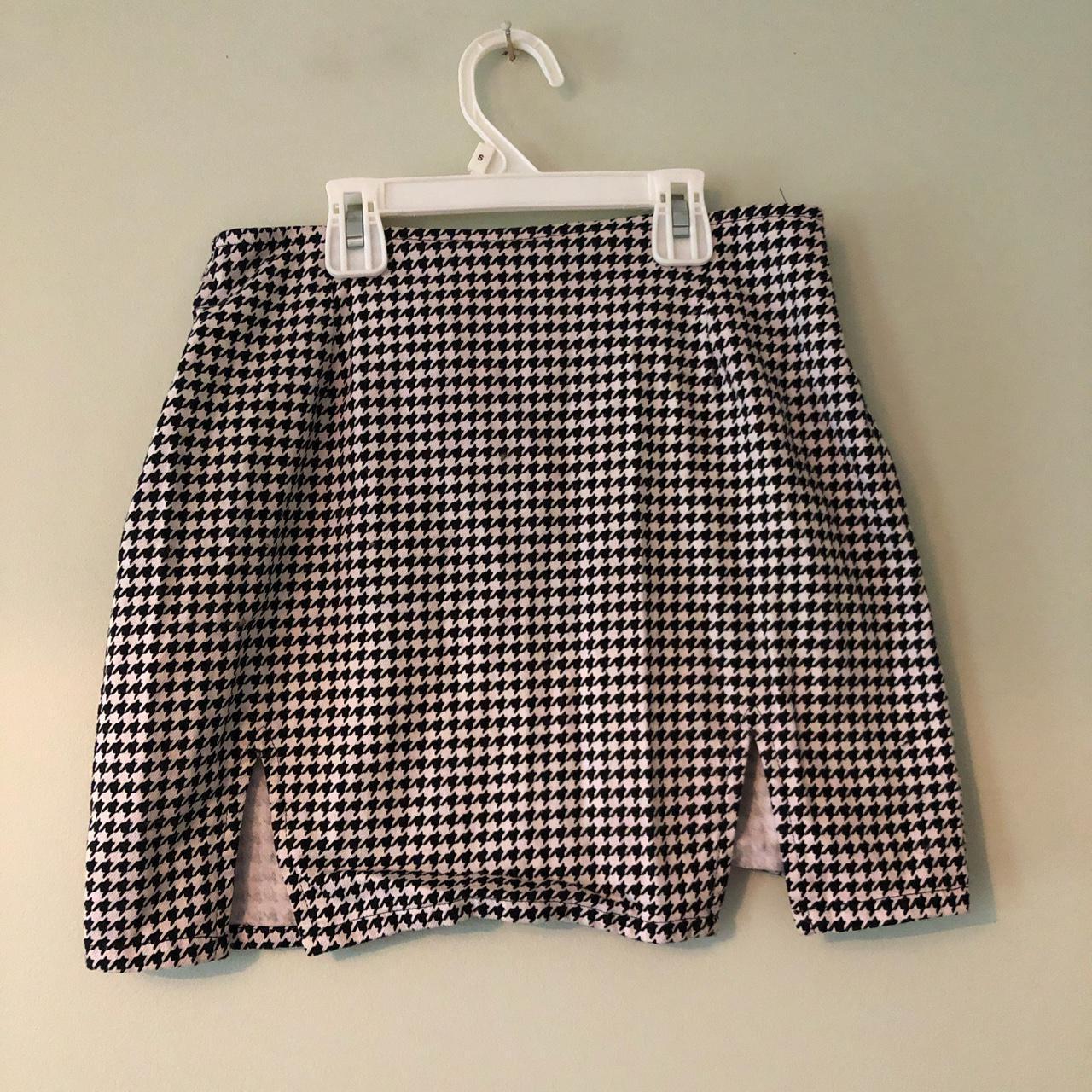 Product Image 1 - Motel skirt - says XS