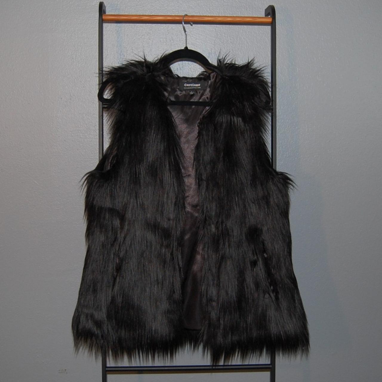 Product Image 1 - ⚡Black faux fur vest, fully