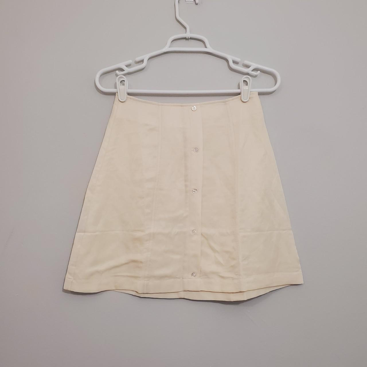 Product Image 1 - NWT Capulet skirt, size small.