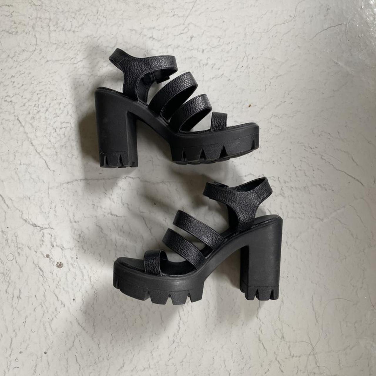 Product Image 1 - CURRENT MOOD black leather platform sandals size