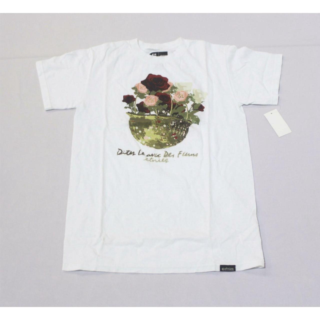 Product Image 1 - Etnies Women's Bouquet Flowers Graphic
