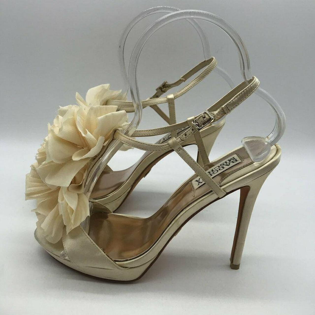 Product Image 1 - Badgley Mischka Ivory Slingback Heels