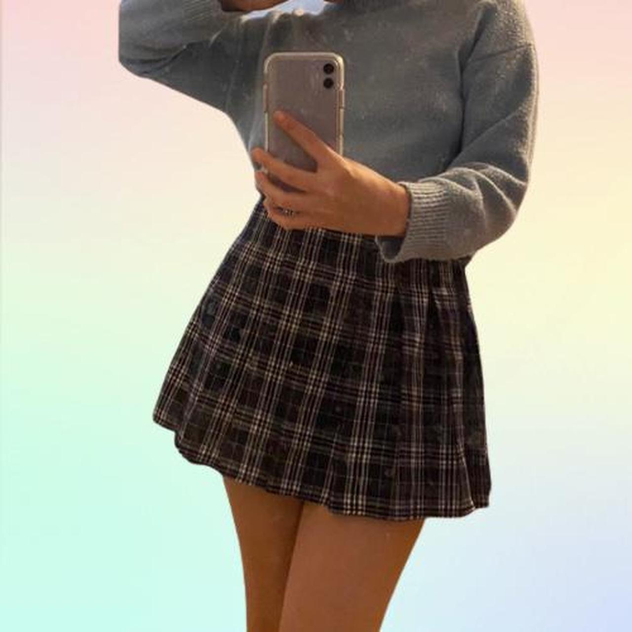 Product Image 1 - Super cute pleated mini skirt