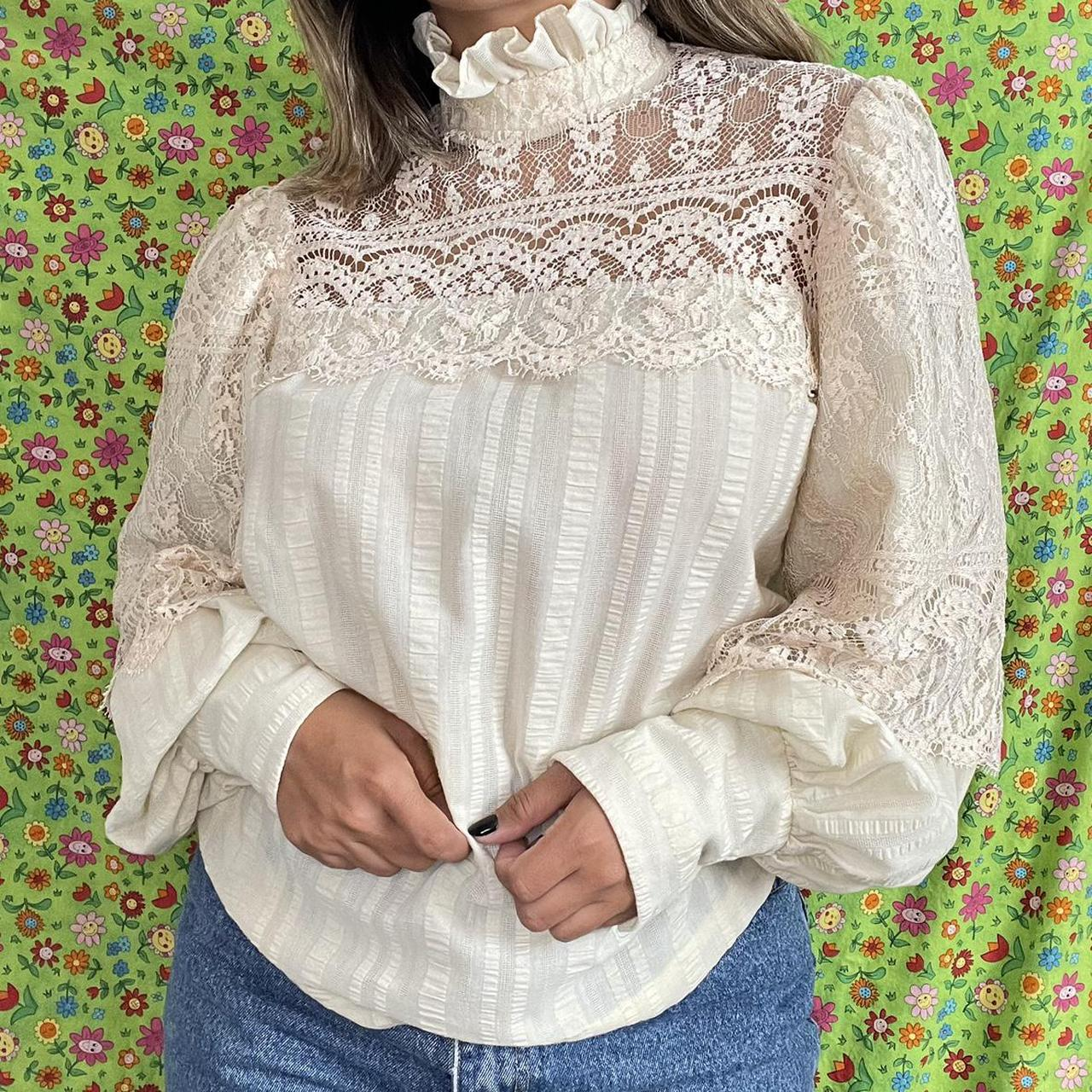 Product Image 1 - Vintage Ivory Lace Blouse -balloon sleeves -buttons