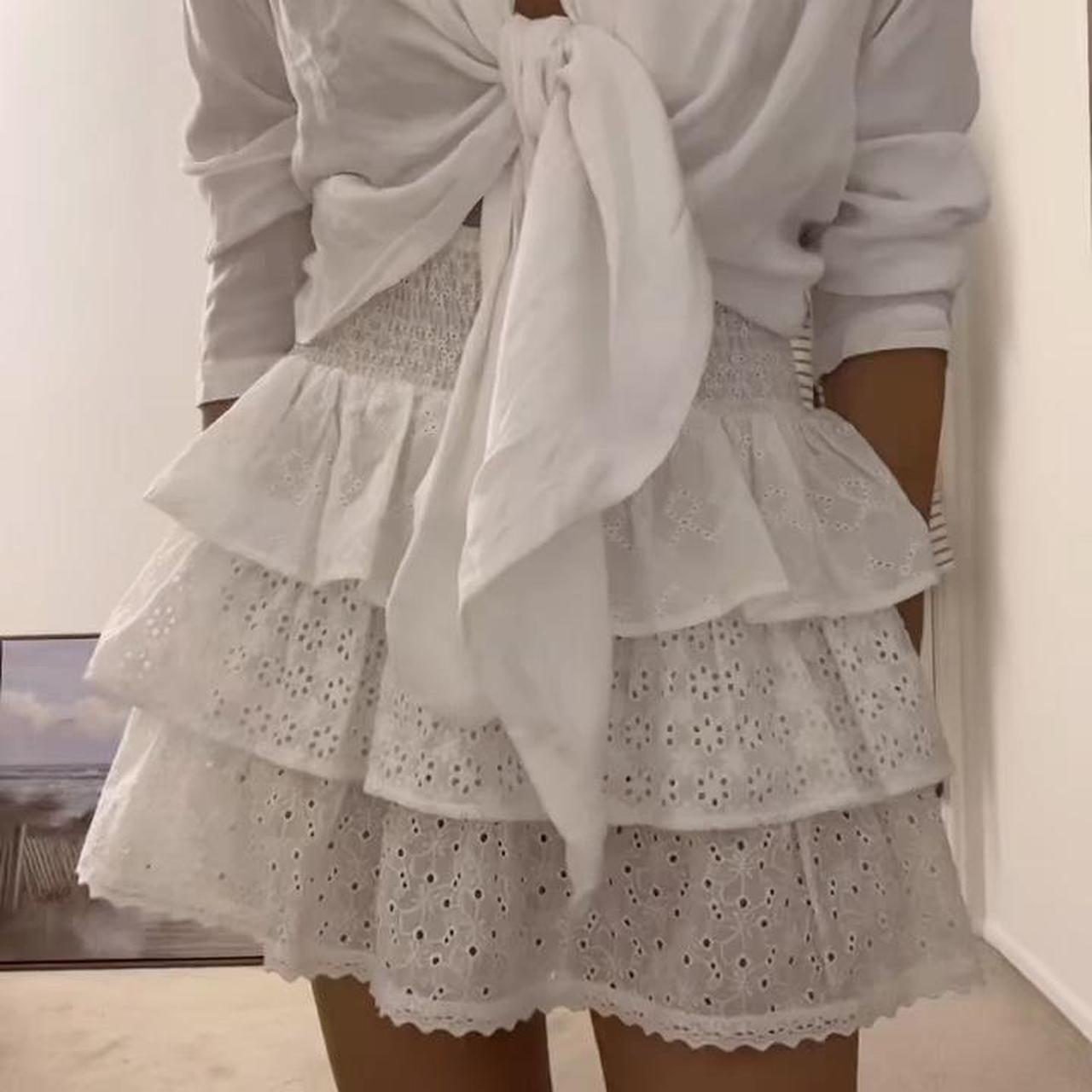 Product Image 1 - White subdued ruffle mini skirt!