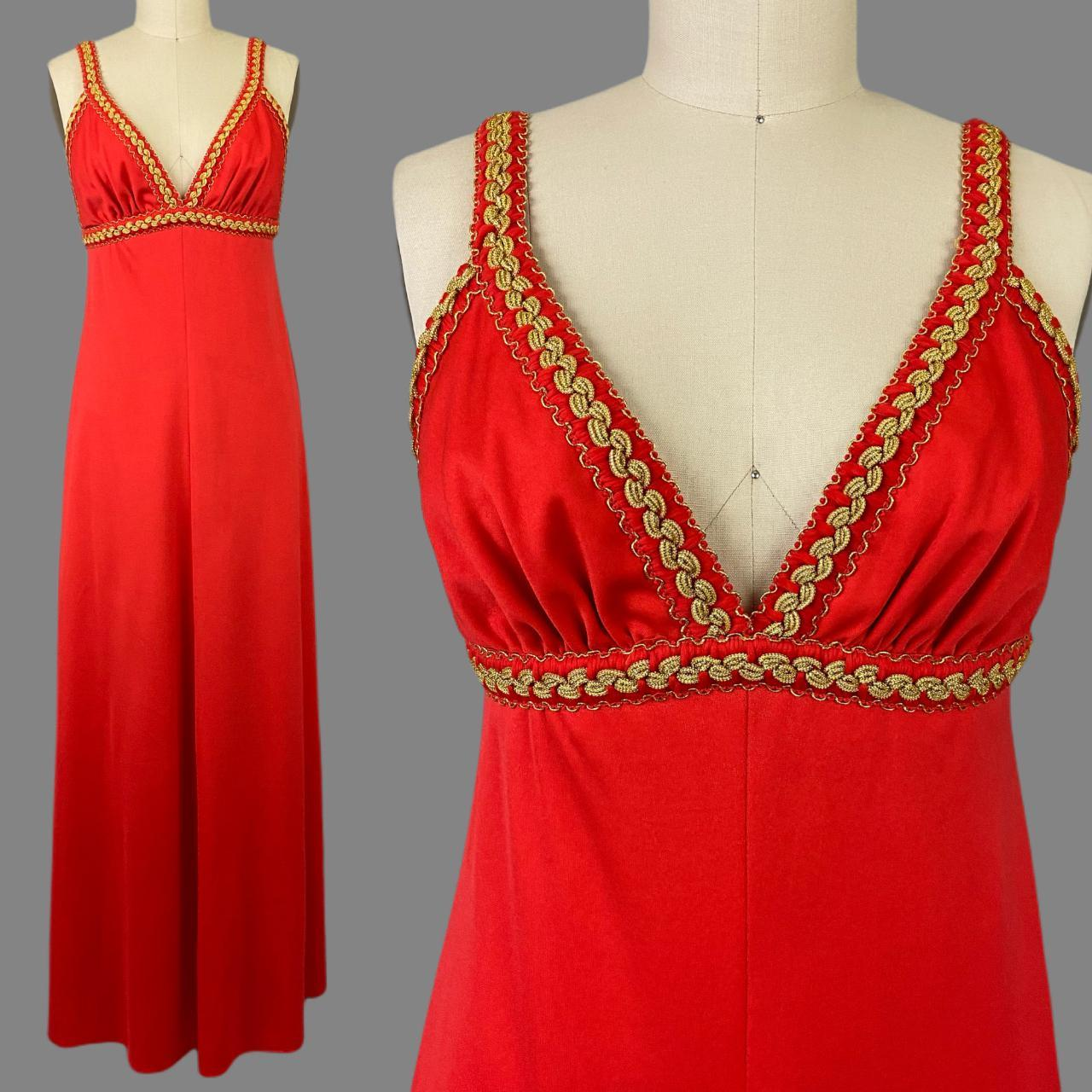 Product Image 1 - Sizzling 1970s plunging red maxi