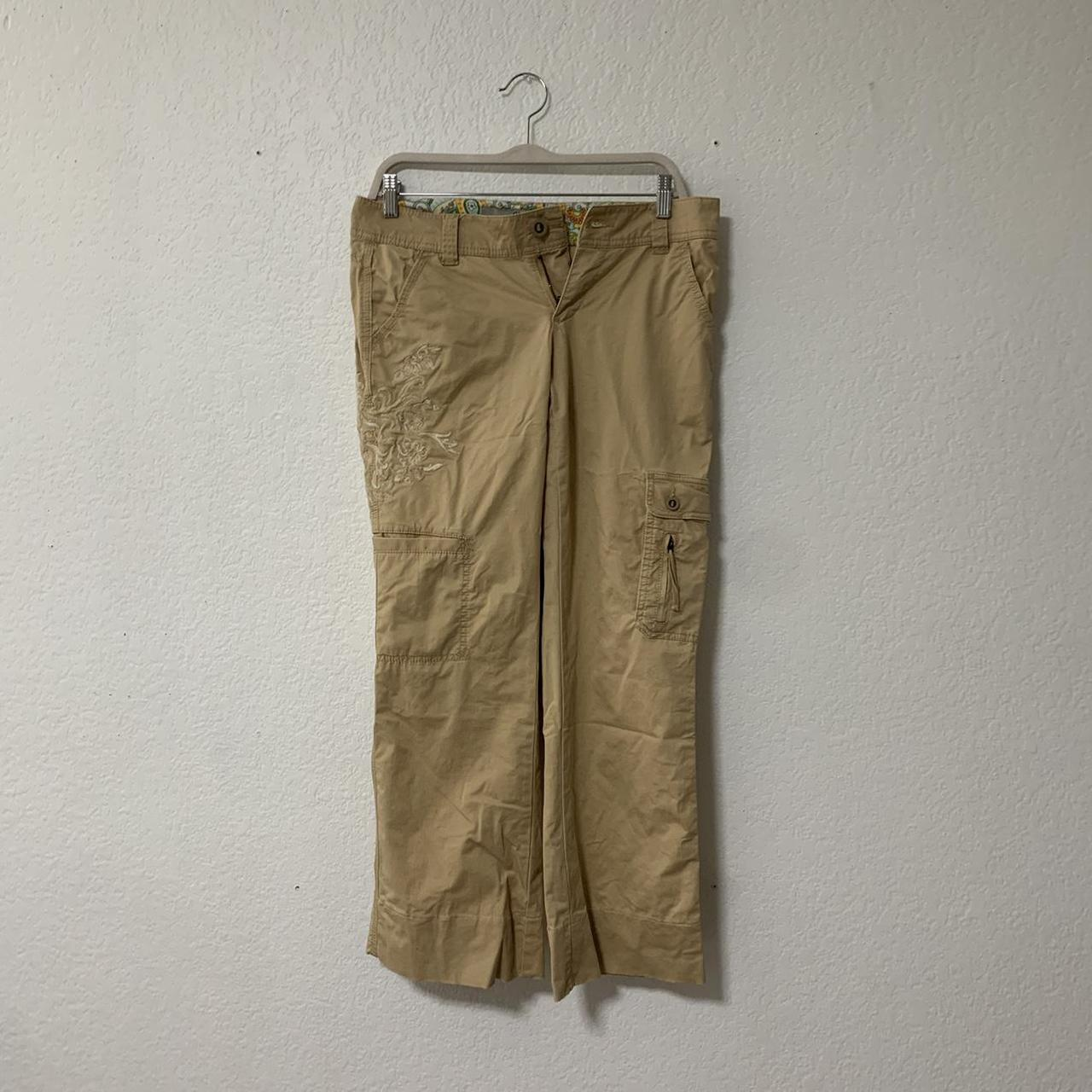 Product Image 1 - Guess cargo pants ! I
