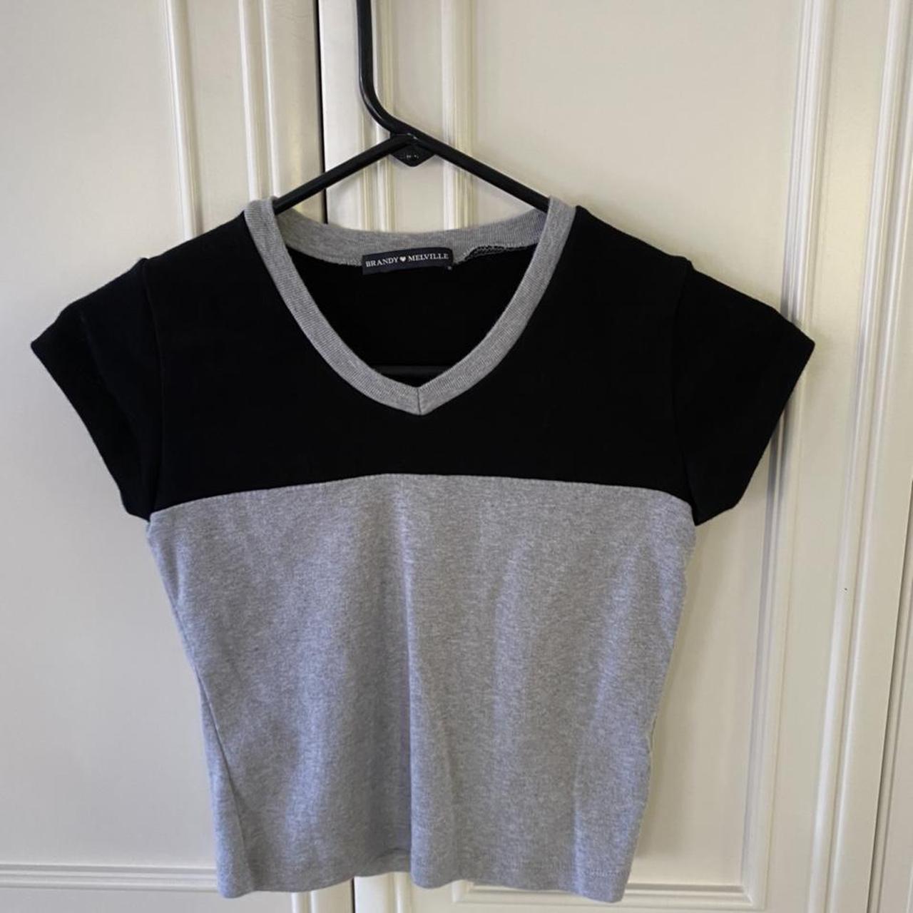 Product Image 1 - Brandy Melville v neck top